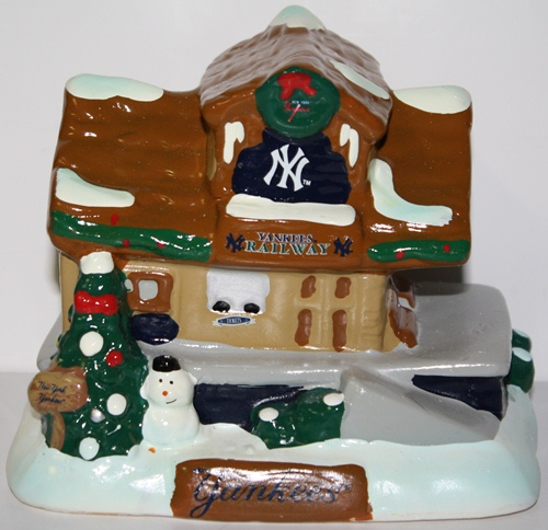 New York Yankees 2012 Tabletop Holiday Village Train Station
